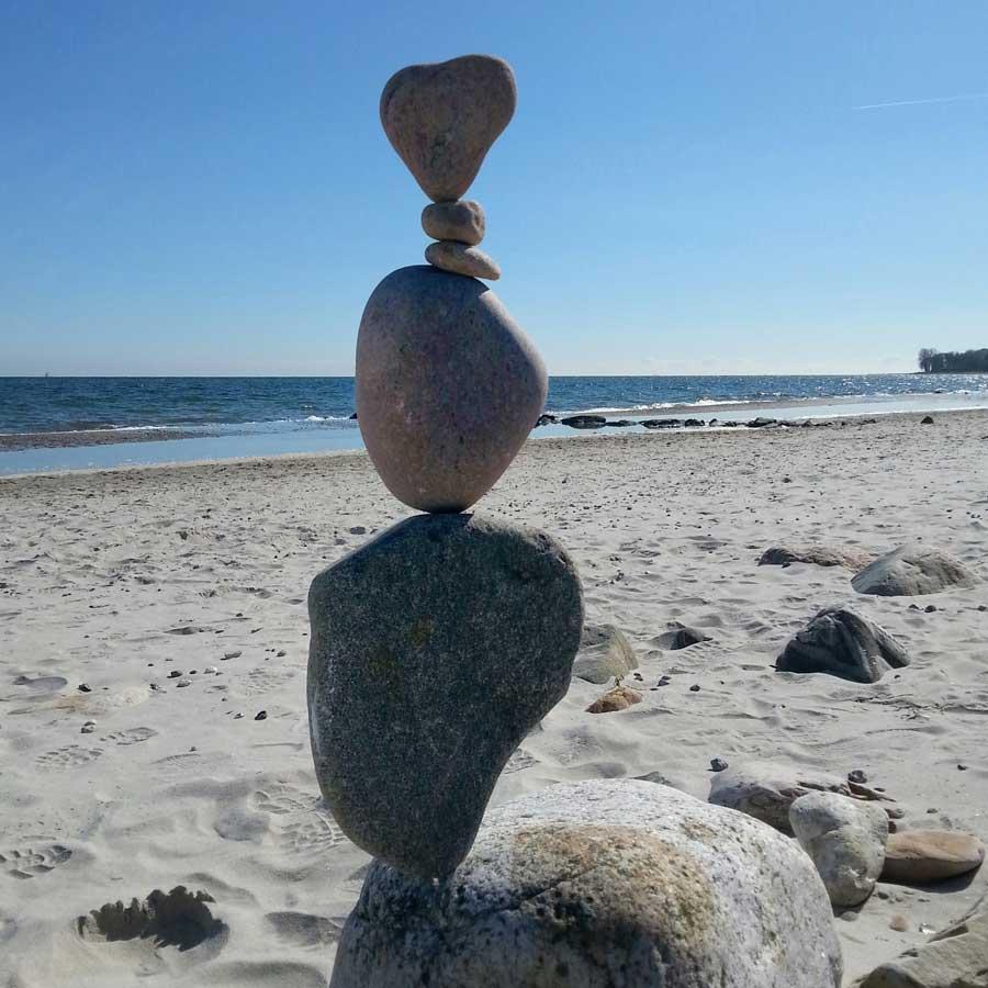 Stonebalancing an der Ostesse