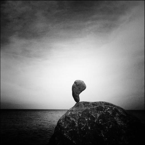 mystical - Stone balancing
