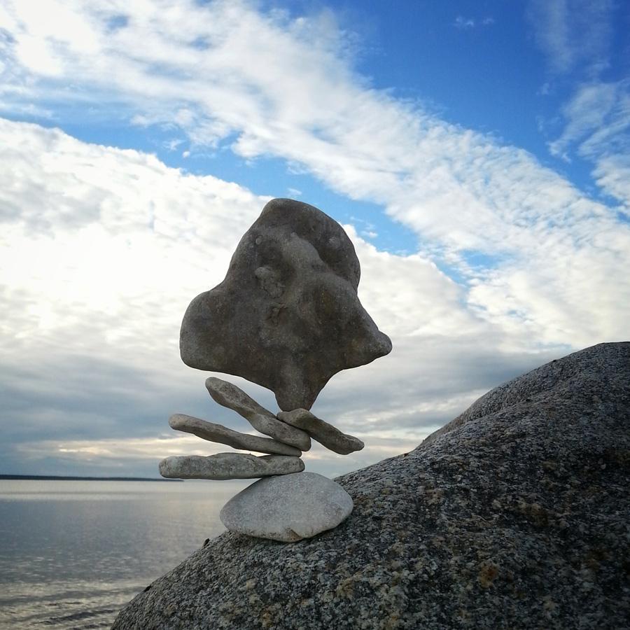 Stone Balancing Saaremaa, Estland
